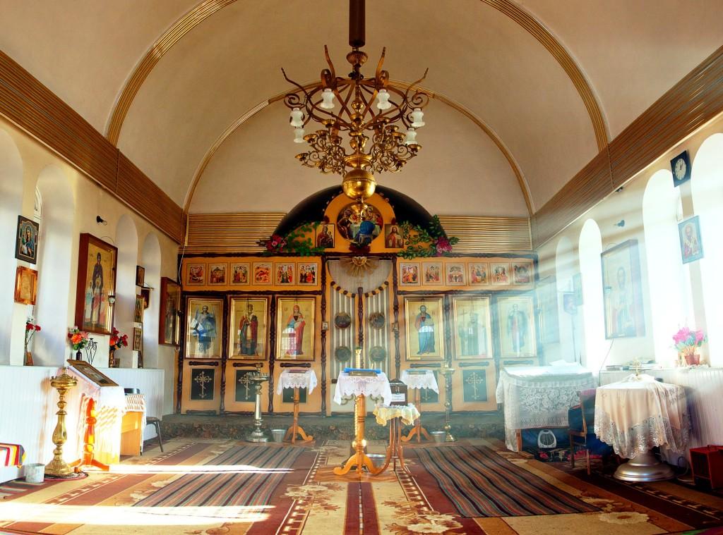 Interiorul Bisericii (1)
